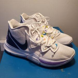 Nike Shoes - Mens sneaker size 11